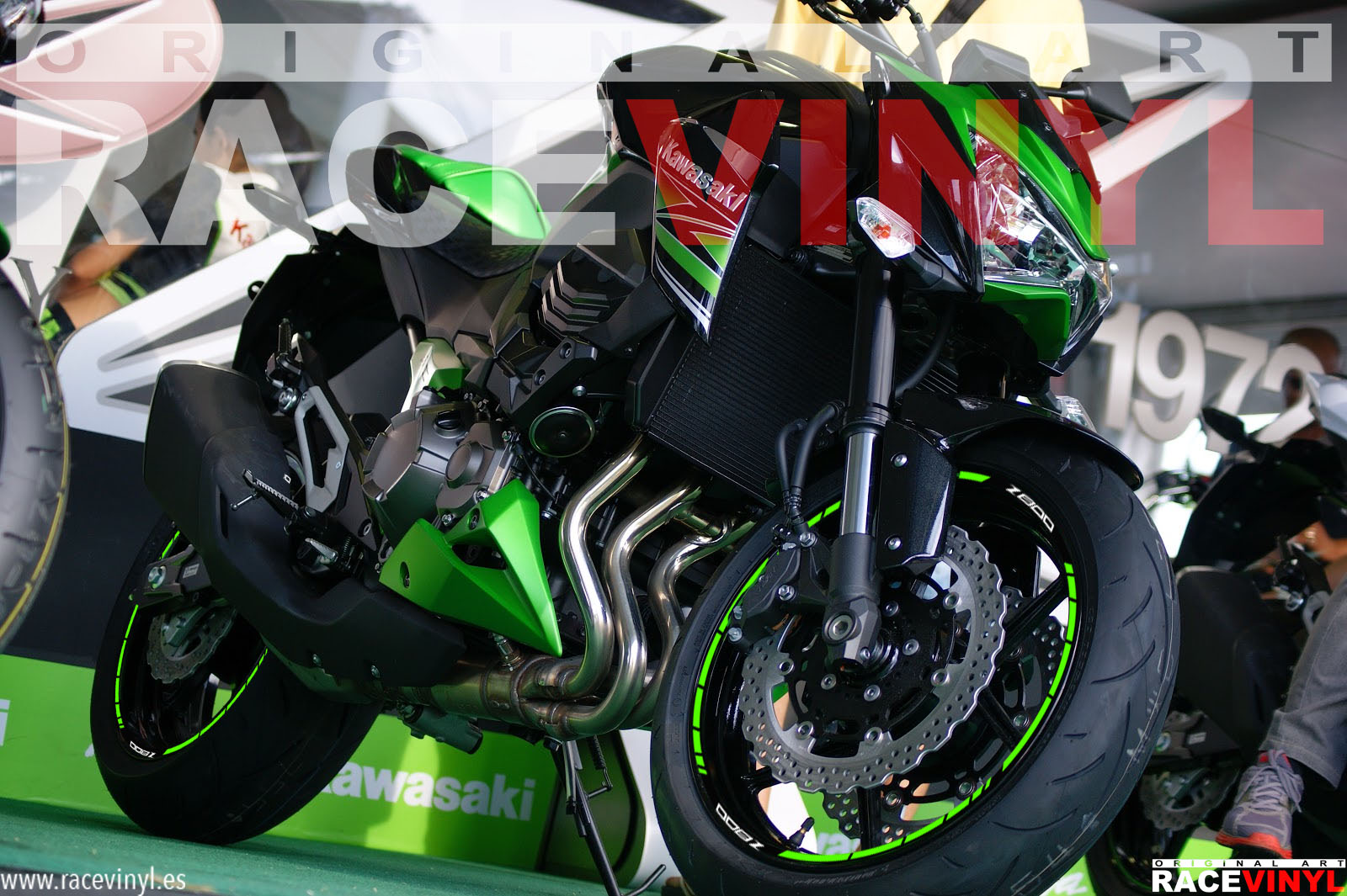 Kawasaki Z800 with Model rim Stickers