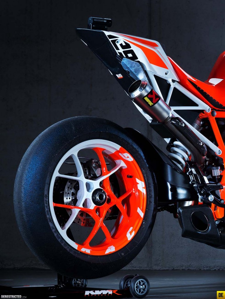 Ktm Super Duke R Prototype X on Yamaha R6 Motorcycle Model Kits