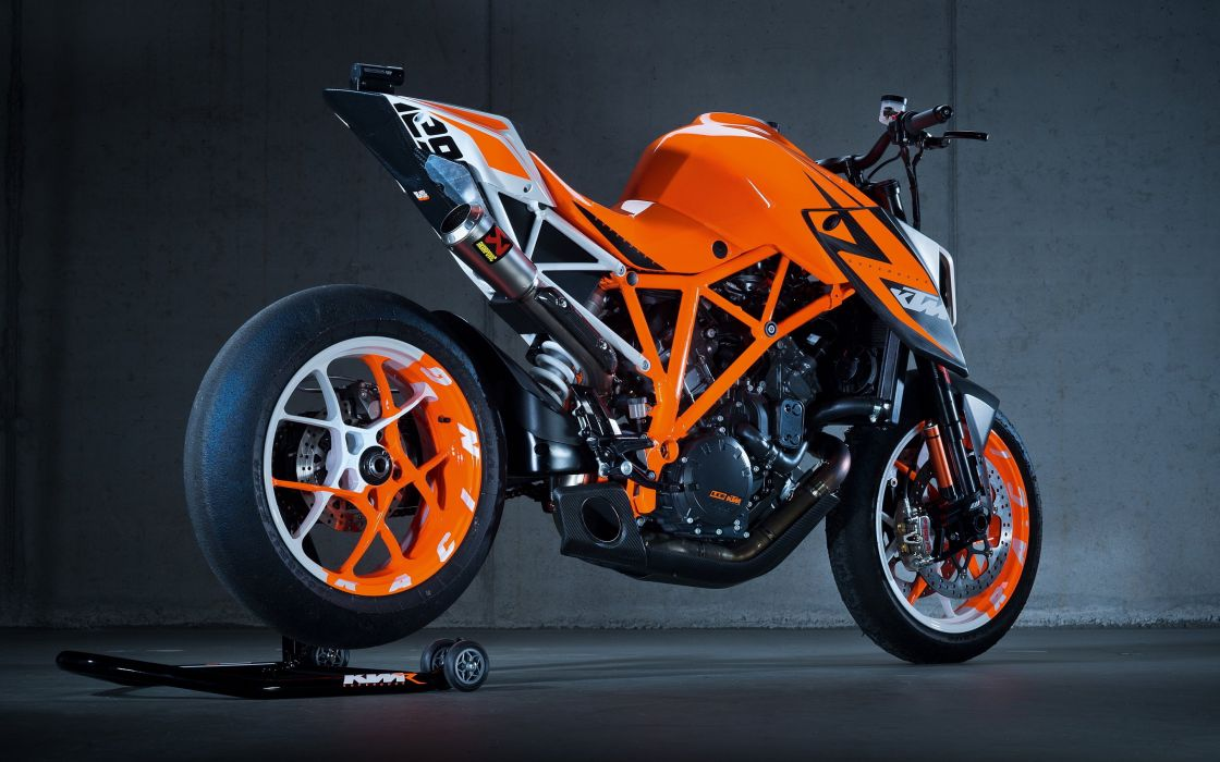 Ejemplo del color naranja fluor kit adhesivos interior KTM Racing