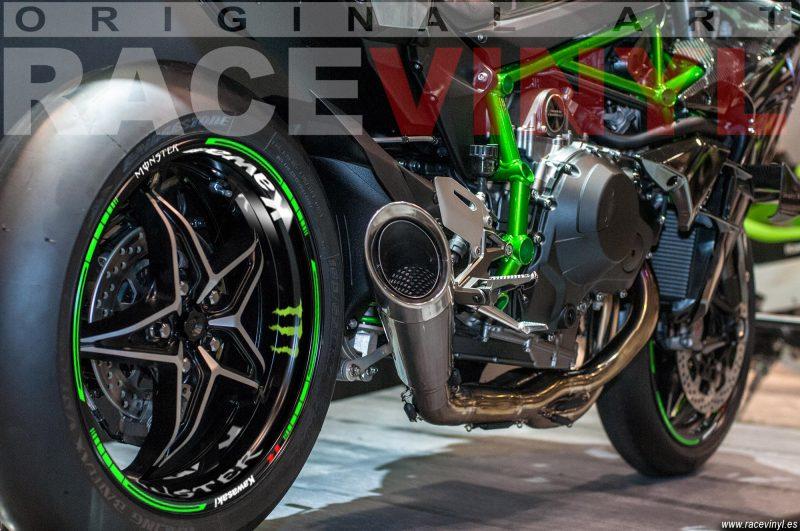 Kawasaki Ninja H2R con los accesorios para llantas kit pro de pegatinas adhesivas en vinilo para llantas racevinyl Green fluor