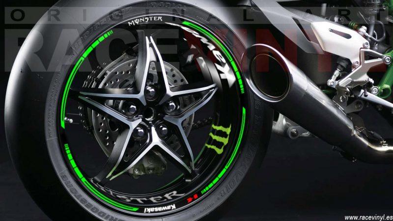 Kawasaki Ninja H2R con los accesorios para llantas kit pro de pegatinas adhesivas en vinilo para llantas racevinyl llanta monobrazo