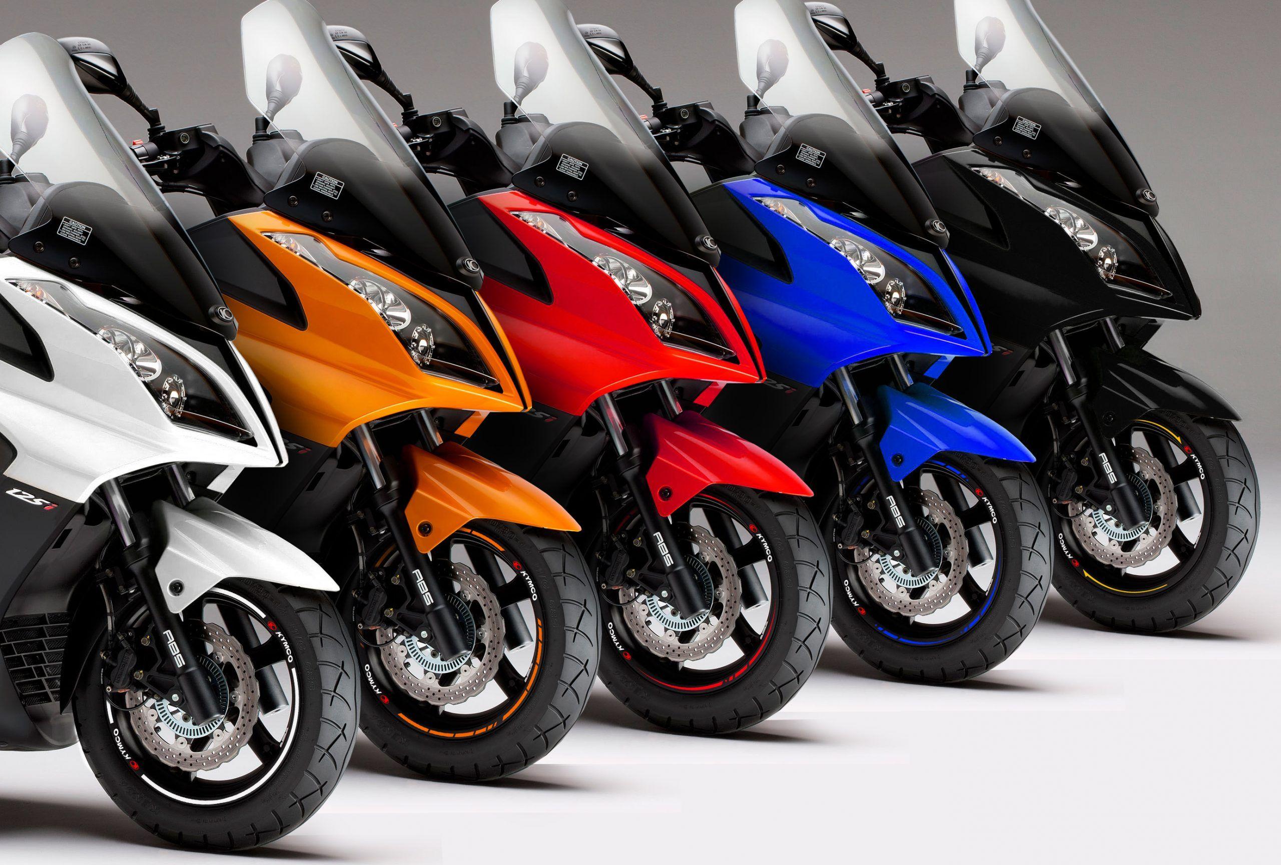 Personalizar Maxi scooter Kymco Superdink vinilos racevinyl