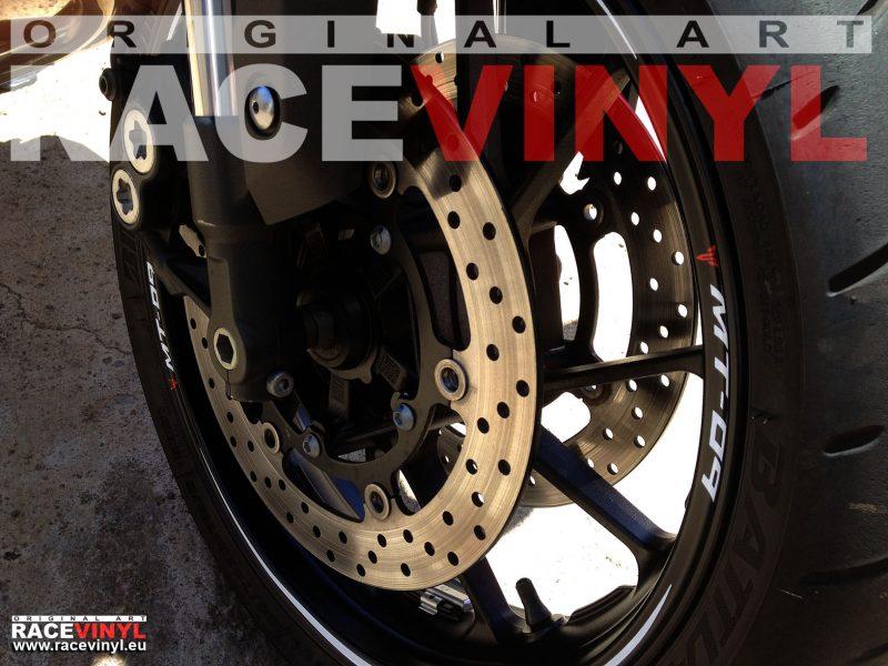 Yamaha MT 09 FZ9 detalle 03 rueda delantera pegatina llanta moto rueda vinilo adhesivo rim sticker stripe kit adhesive vinyl tuning